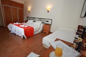 Hotel HOTEL LA BODEGA