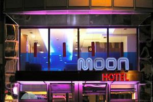 HotelMOON