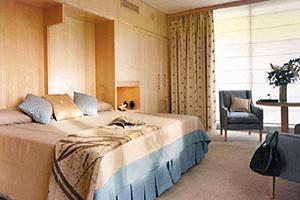 http://services.serhstourism.com/fotos/GBC000/GBCDIPO_12_1.jpg
