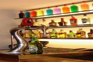http://services.serhstourism.com/fotos/GCO000/GCOSERR_12_2.jpg
