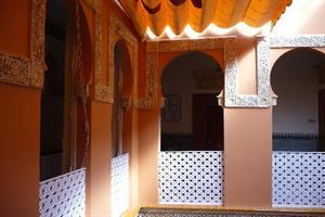 http://services.serhstourism.com/fotos/GSE000/GSEZAID_12_1.jpg