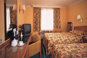 http://services.serhstourism.com/fotos/T01000/T01387_12_1.jpg